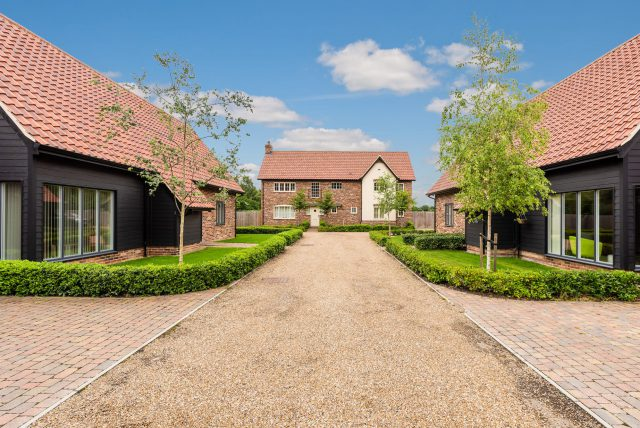 View of properties in Icknield Farm, Red Lodge